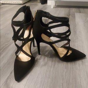 Black strappy Jessica Simpson heels